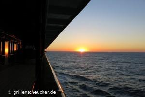 81_Sonnenuntergang_Seitendeck