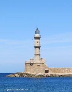 Es Gibt Eine Alte Festungsanlage, Natürlich Auch Boote Und Stände, Die  Schwämme Und Haifisch Gebisse Verkaufen.